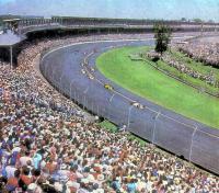 Индианаполис — самая большая спортивная арена мира