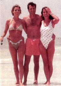 Риккардо и Сьюзи Патрезе с Паолой Наннини