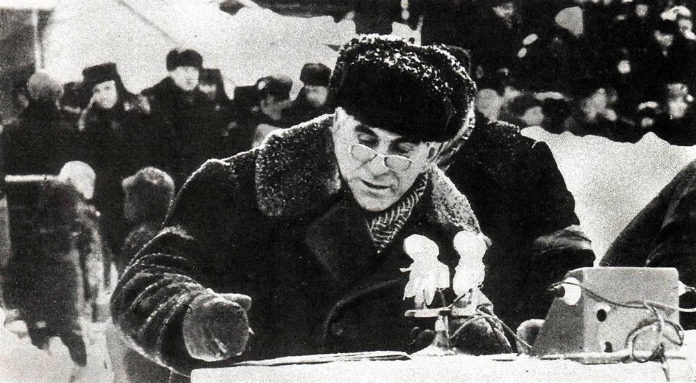 Владимир Иванович у микрофона
