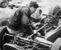 Юрий Николаевич всегда тщательно готовил машину