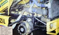 ЗИЛ с «опрокинутой» кабиной без капота и правого переднего колеса